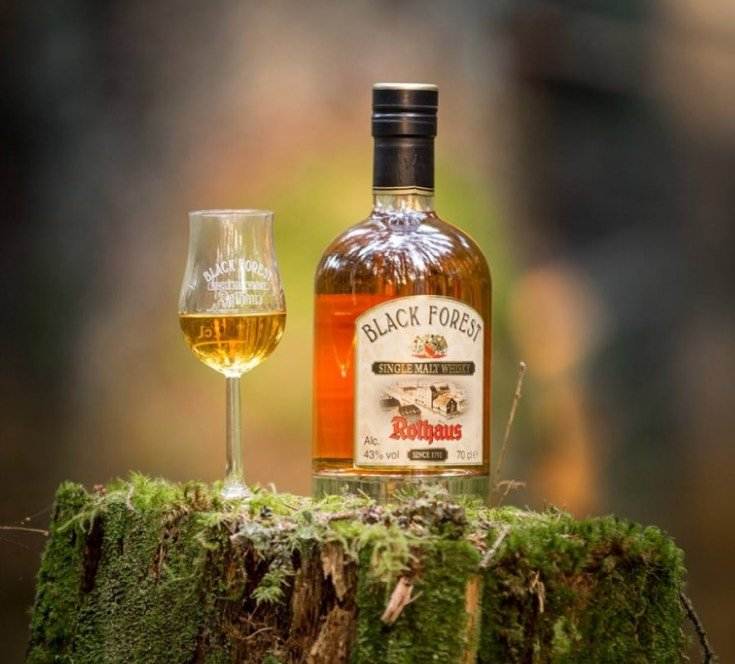 Der Rothaus Black Forest Single Malt Whisky mit dem passenden Tasting-Glas